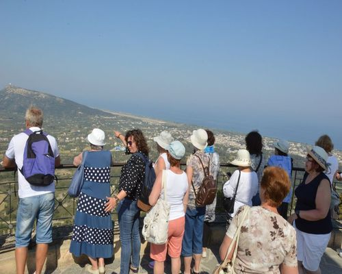 Vlindervallei & Filerimos | Captains Tours Reisbureau in Rhodos, Griekenland